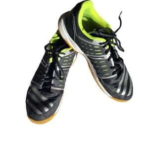 Adidas Essence 12, black and green size 12